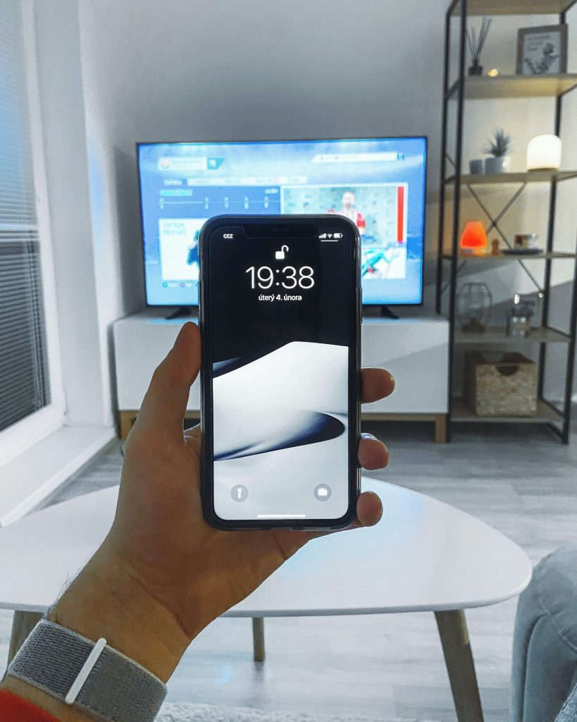 Mirror your iPhone to Samsung TV with MirrorMeister App